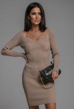Ubrania, które modelują figurę. Krótki poradnik stylu od Tesori
