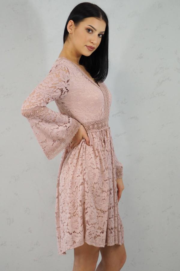 sukienka różowa koronka 5