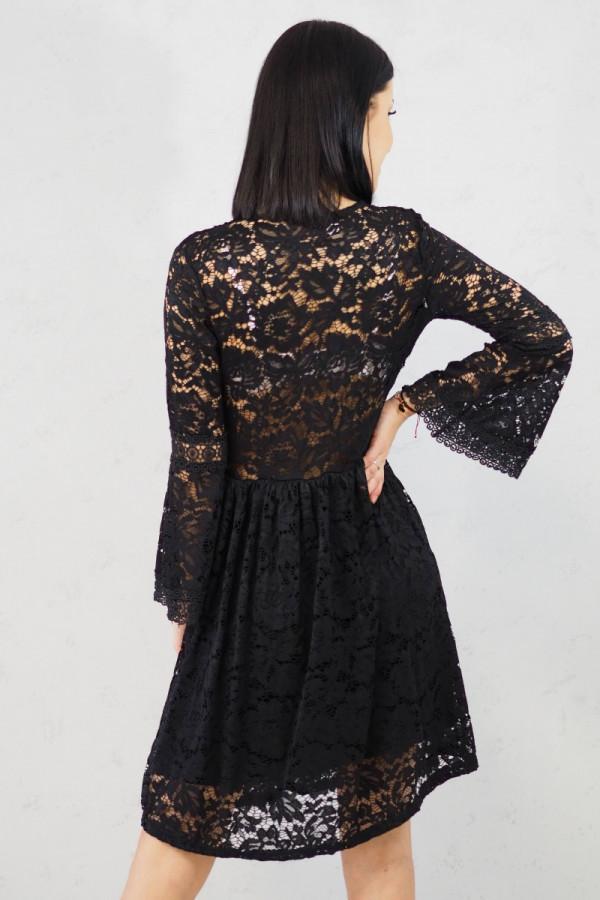 sukienka czarna koronkowa luka 3