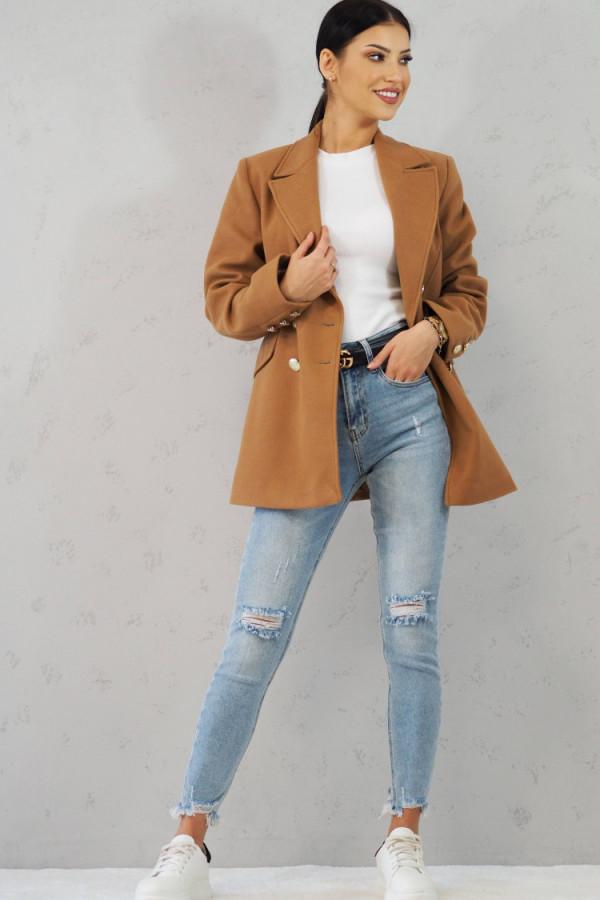 Płaszcz brązowy z guzikami Suzanne 5