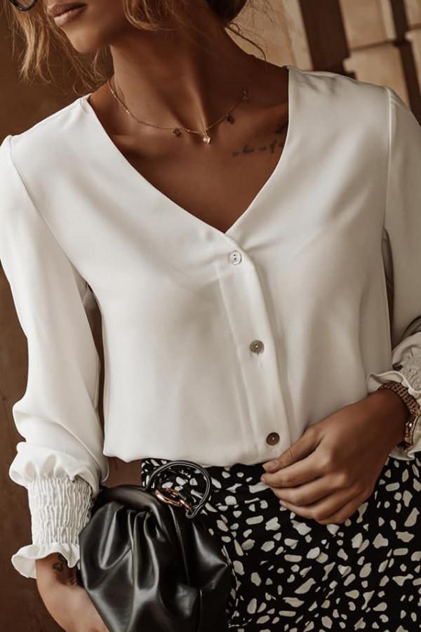 biała koszula z guzikami 2