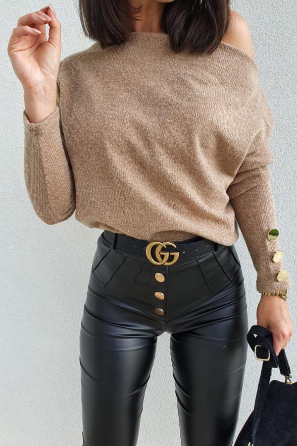 czarne spodnie woskowane z guzikami 2