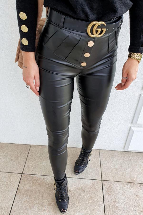 czarne spodnie woskowane z guzikami 4