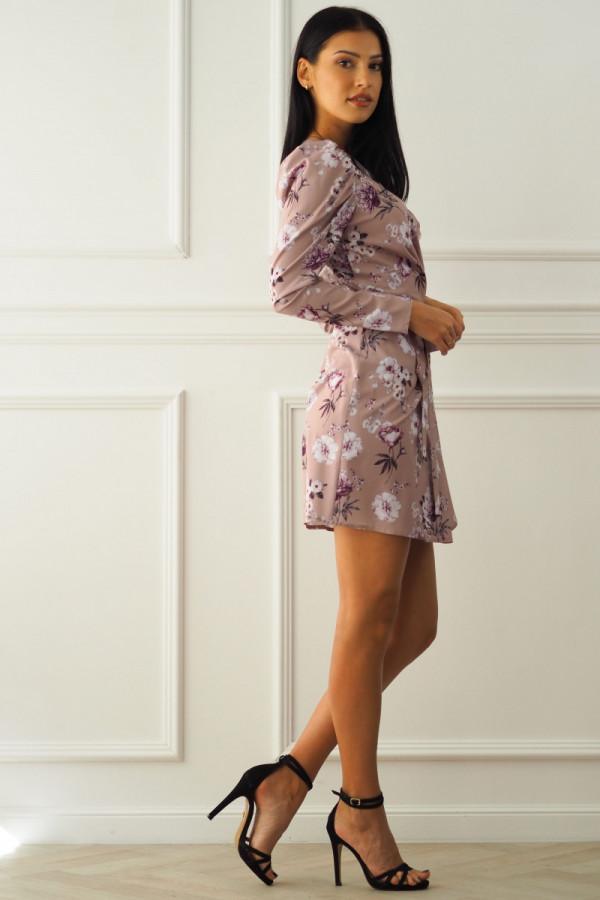 Sukienka beżowa w kwiatki 13