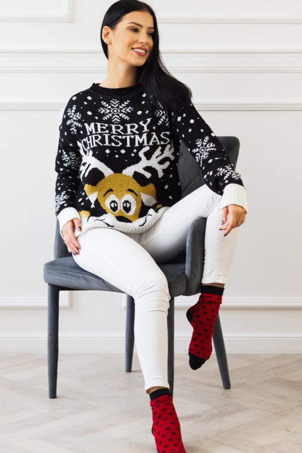 Świąteczny czarny sweter z reniferem 2