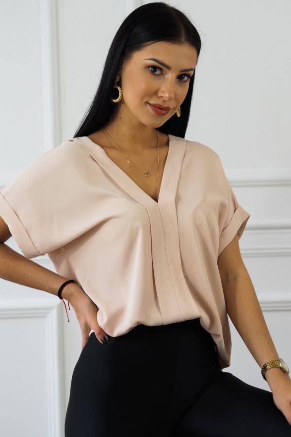 Różowa bluzka z dekoltem w serek Veloni 2