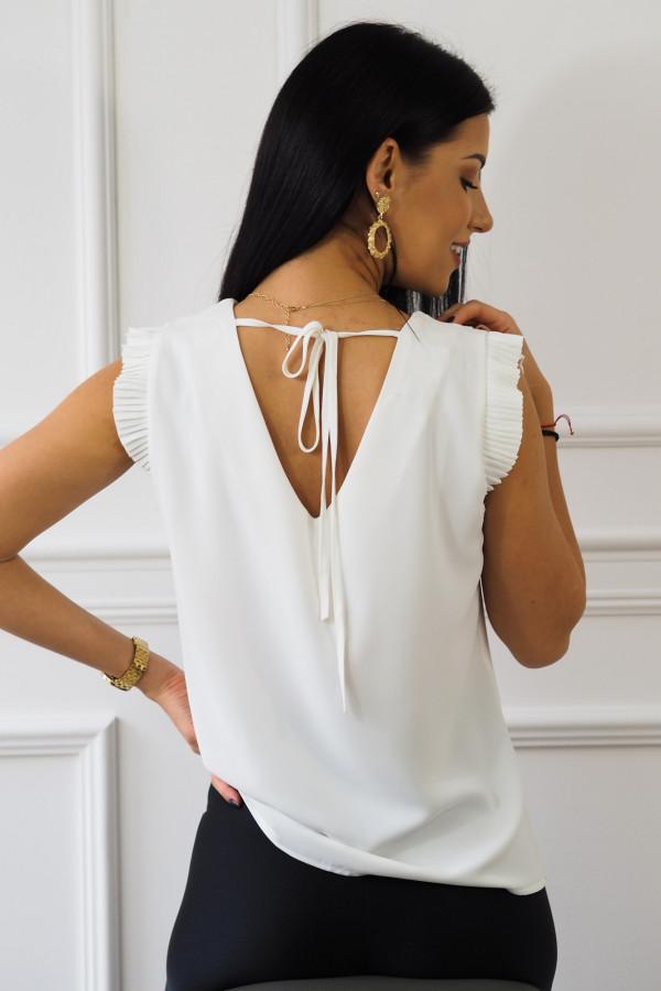 biała bluzka z falbankami reyna 5