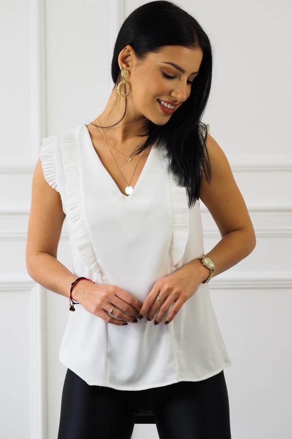 biała bluzka z falbankami reyna 2