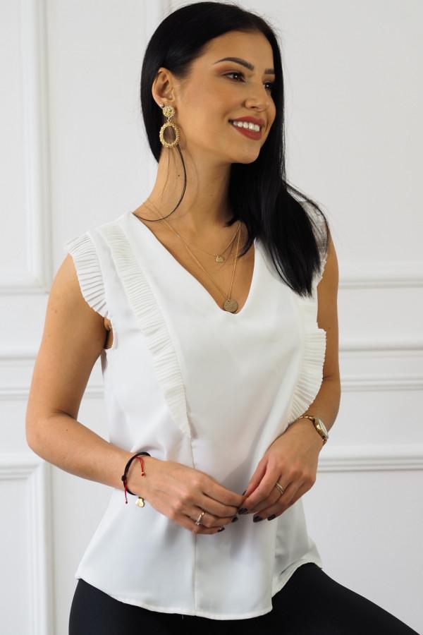 biała bluzka z falbankami reyna 4