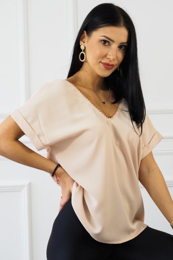 różowa bluzka z guzikami Sova