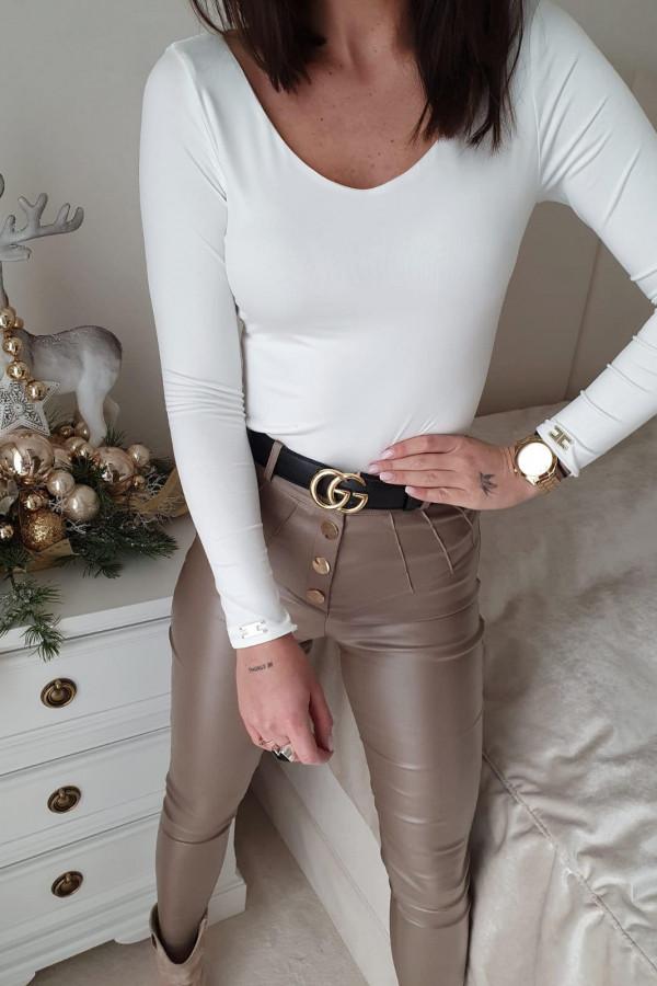 spodnie woskowane mocca z guzikami II 4
