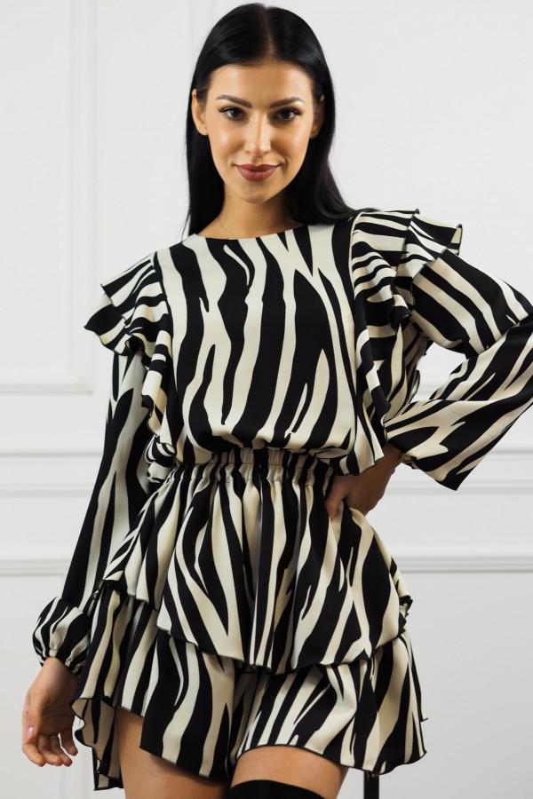 Sukienka Doretti w zeberkę 7
