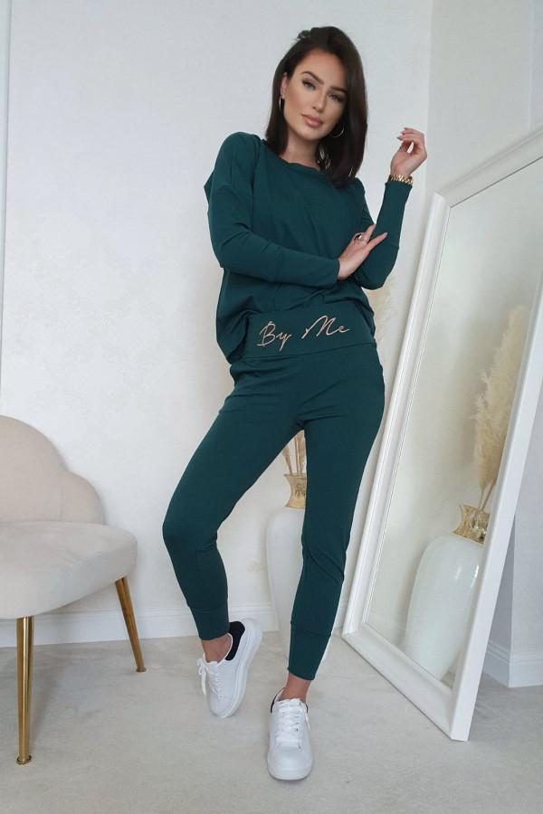 Komplet zielony z bluzą i spodniami by me 1