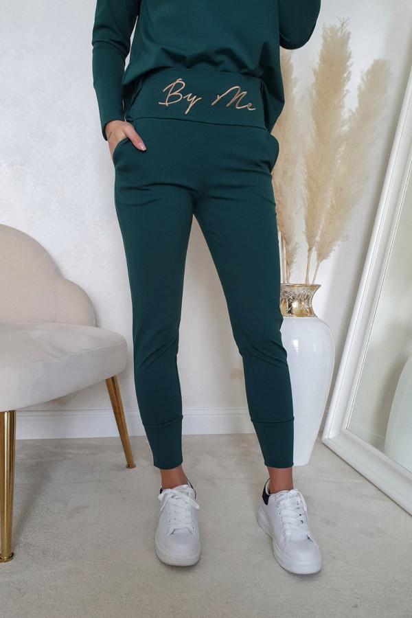 Komplet zielony z bluzą i spodniami by me 2