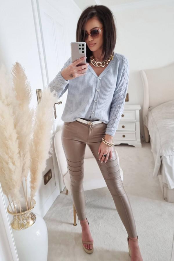 Niebieski sweter z guzikami Anastasia