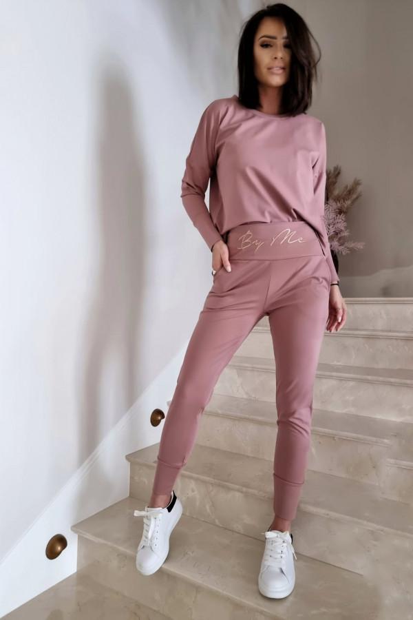 Komplet różowy z bluzą i spodniami by me