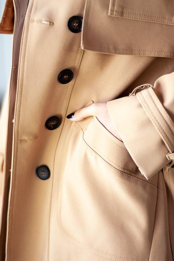 Płaszcz beżowy z guzikami Lauren 1