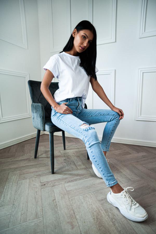 Spodnie jasne jeansowe Emma