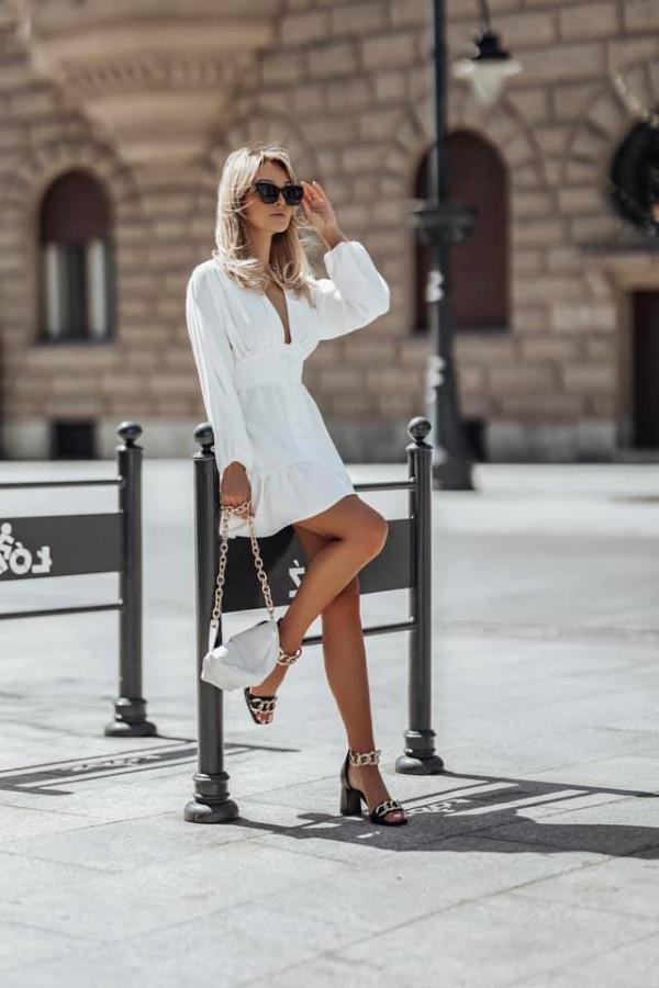 Sukienka LOVE ME TENDER white