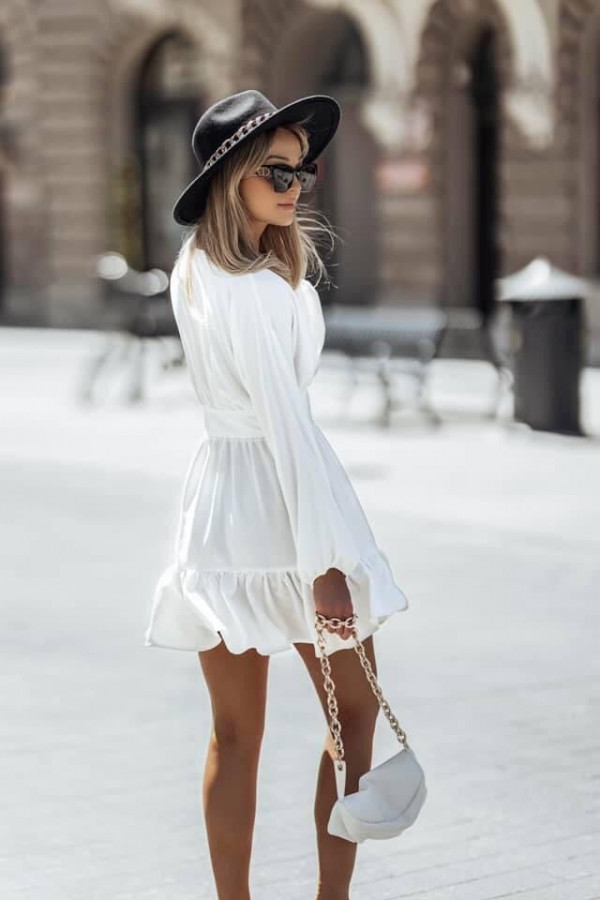 Sukienka LOVE ME TENDER white WYSYŁKA PO 19,06 2