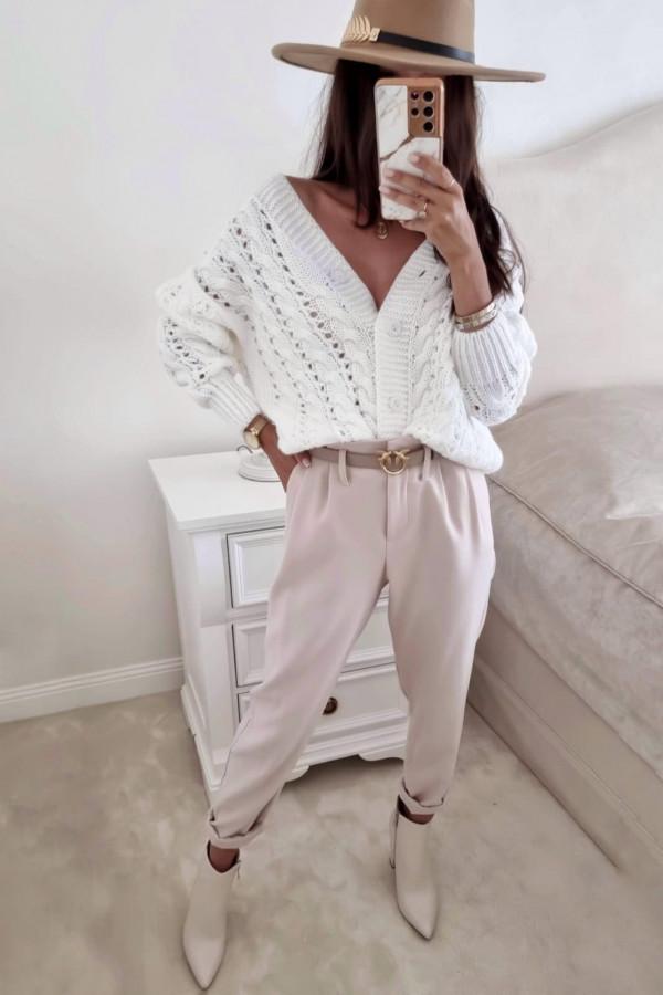 Sweter biały z guzikami Sofia 1